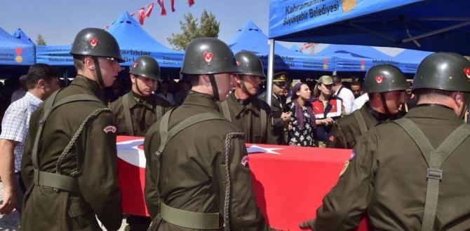 Şehit Uzm.Çvş.Salih Hayırsöz Pazarcık'ta Toprağa Verildi.