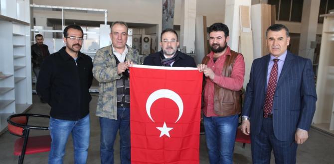 Afşin'de Bayrak Seferberliği.